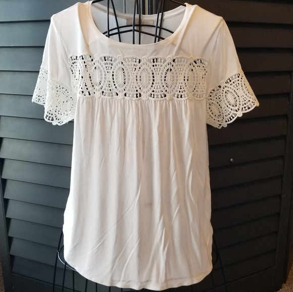 2beff8fbbba672 ANN Taylor loft off white embroidery shirt M